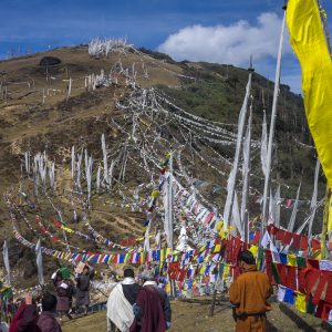 10-18-2014 Chelela pass 3800m - We had a involuntary 3 hour stop here since 2 high reincarnated Lama performed a ritual and the road was completely blocked